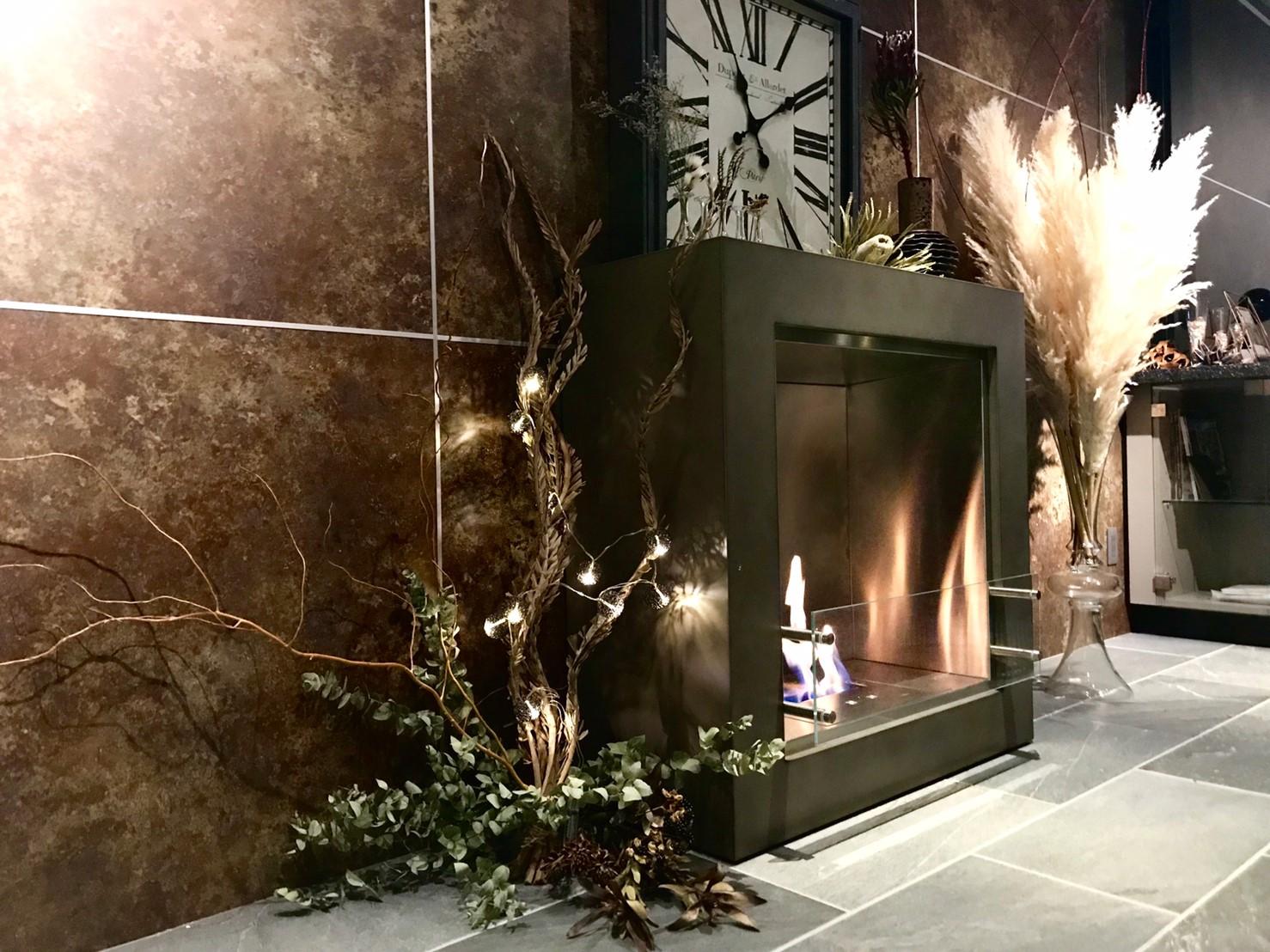 茶色の暖炉